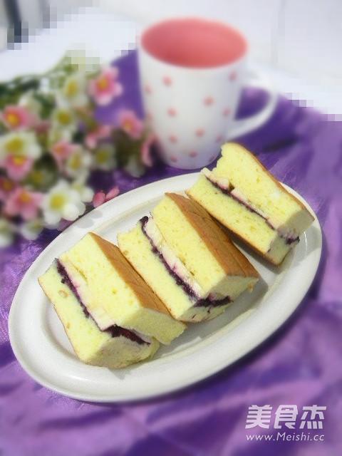 香蕉蓝莓蛋糕块