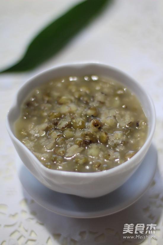 绿豆粥的黑米孕妇黑豆黑芝麻做法图片