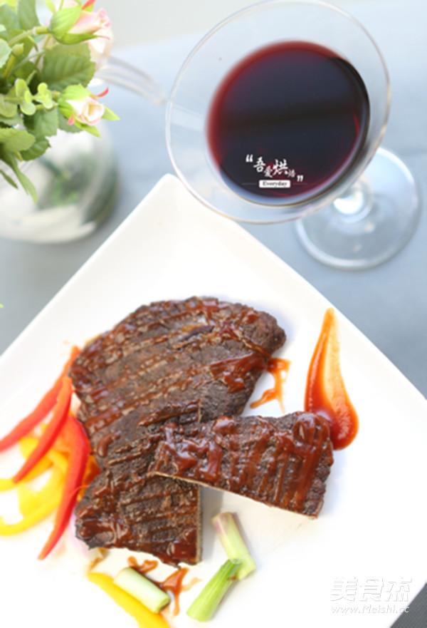 红酒烤牛排的做法_家常红酒烤牛排的做法【图】红酒
