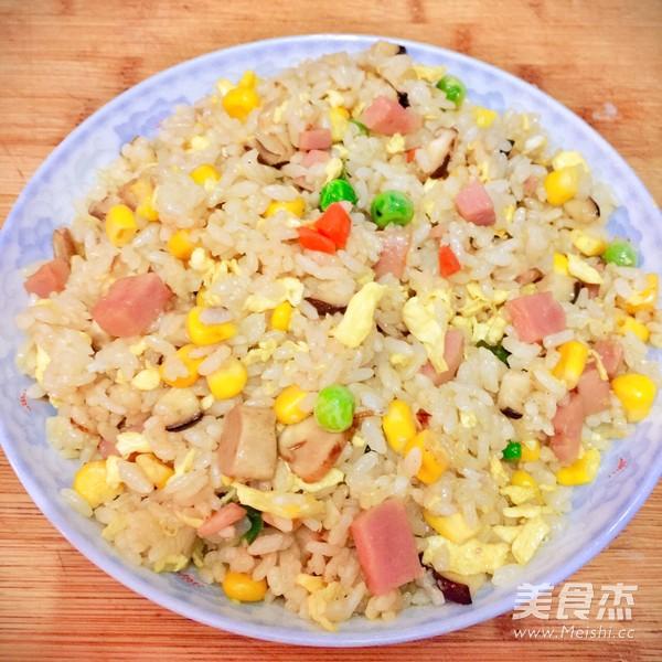 鲜香什锦蛋炒饭