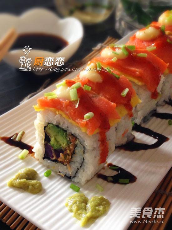 肉蛋三文鱼寿司的做法_家常肉蛋三文鱼寿司的做法