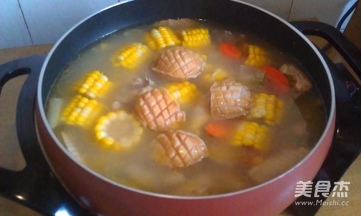 做法鲜鲍炖视频的羊骨_鸡汤大全鲜鲍炖玉米的家常做法玉米的鸡汤教程家常萝卜粉丝做法图片
