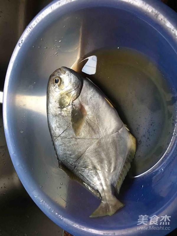 煎金步骤的菜谱【做法图】_美食_鲳鱼杰榨菜头怎样做好吃图片