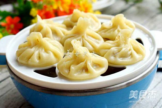 饺子皮茄泥小笼包的做法_家常饺子皮茄泥小笼包的做法
