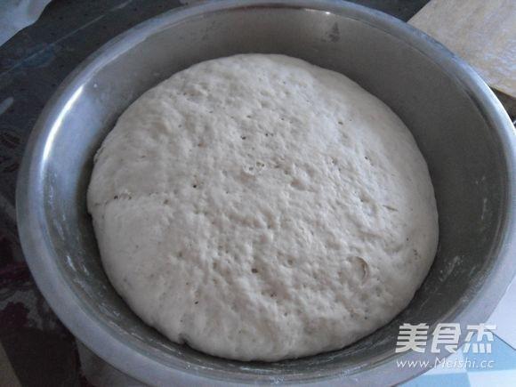 多层发面饼的做法 家常多层发面饼的做法 多层发面饼的家常做法大全图片