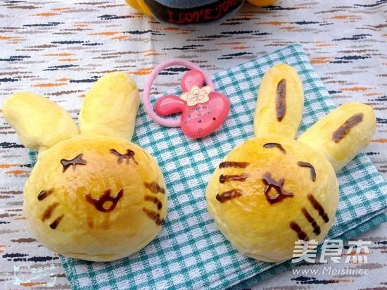 小兔子面包的做法_家常小兔子面包的做法【图】小