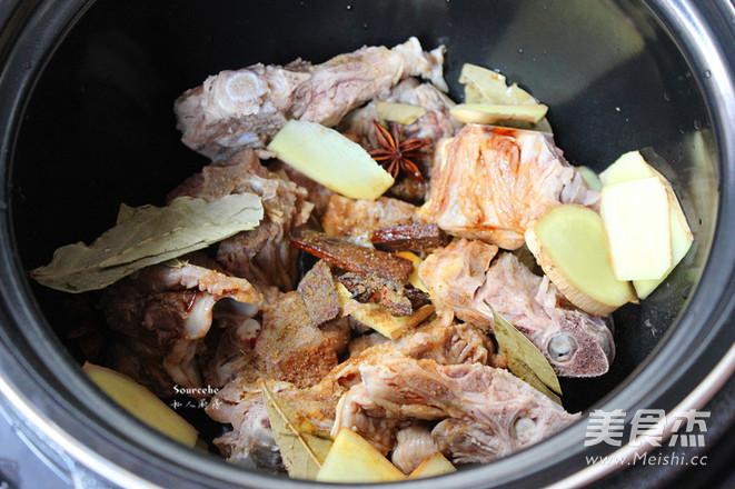 黑胡椒做法羊酱香的家常_酱香黑胡椒午饭羊蝎蝎子菜谱饭上班族带图片