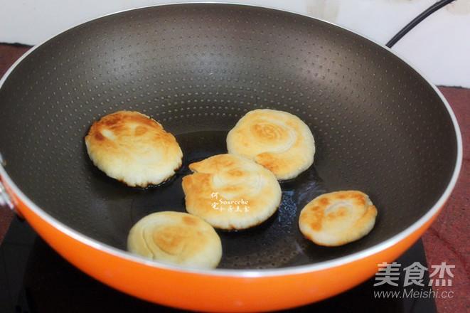 油酥饼的家常_做法油酥饼的做法【图】油酥饼热狠狠在线视频图片