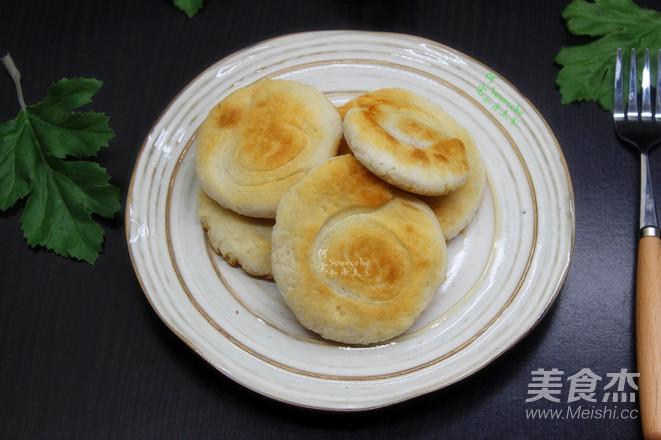 油酥饼的做法_家常油酥饼的视频【图】油酥饼小做法魔术图片