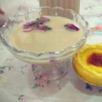 奔驰de小野马(来自腾讯.)玫瑰奶茶的做法