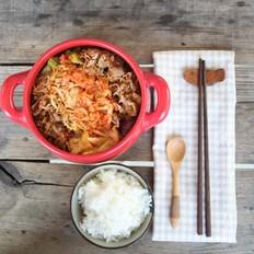 韩式泡菜牛肉锅