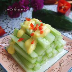 蛋黄拌黄瓜条