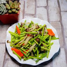 蒜苔炒蟹味菇