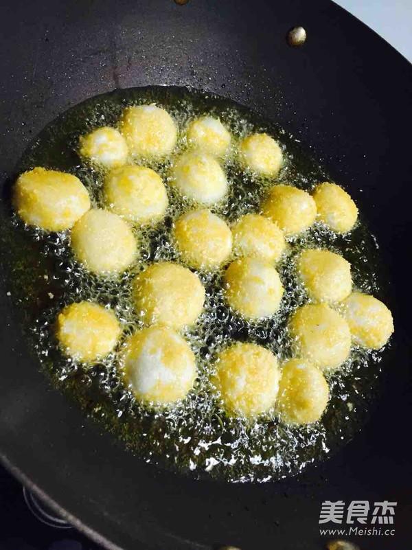 油炸糯米丸子的做法